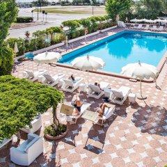 Отель Grand Hotel Rimini Италия, Римини - 4 отзыва об отеле, цены и фото номеров - забронировать отель Grand Hotel Rimini онлайн бассейн фото 2