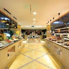 Royal Mediterranean Hotel питание фото 3