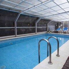 Отель Nubahotel Vielha бассейн