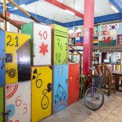 Отель Hostel Playa by The Spot Мексика, Плая-дель-Кармен - отзывы, цены и фото номеров - забронировать отель Hostel Playa by The Spot онлайн спортивное сооружение