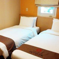 Отель SKYPARK Myeongdong II Южная Корея, Сеул - 1 отзыв об отеле, цены и фото номеров - забронировать отель SKYPARK Myeongdong II онлайн комната для гостей