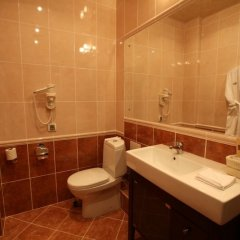Отель Атлаза Сити Резиденс Екатеринбург ванная фото 4