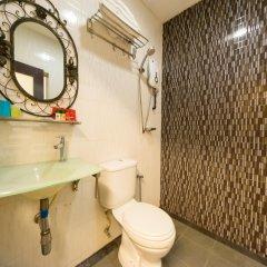Отель OYO 126 Rae Hotel Малайзия, Куала-Лумпур - отзывы, цены и фото номеров - забронировать отель OYO 126 Rae Hotel онлайн ванная