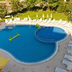 Отель Regatta Palace - All Inclusive Light бассейн