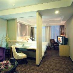 Titan Times Hotel комната для гостей