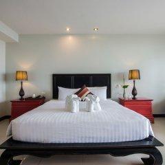 Отель Dor-Shada Resort By The Sea На Чом Тхиан сейф в номере