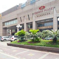 Отель Crowne Plaza Foshan парковка