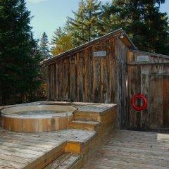 Отель Algonquin Eco-Lodge бассейн