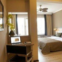 Отель Floris Hotel Bruges Бельгия, Брюгге - 7 отзывов об отеле, цены и фото номеров - забронировать отель Floris Hotel Bruges онлайн сейф в номере