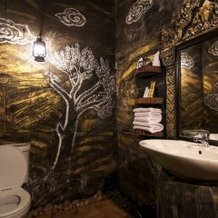 Petit Temple Suite & Spa in Siem Reap, Cambodia from 163$, photos, reviews - zenhotels.com bathroom photo 2