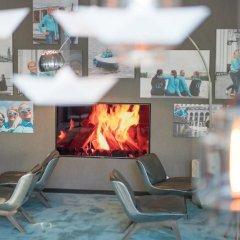 Отель Motel One Hamburg-Alster Германия, Гамбург - отзывы, цены и фото номеров - забронировать отель Motel One Hamburg-Alster онлайн бассейн