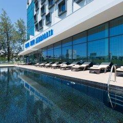 Отель TRYP Lisboa Aeroporto Hotel Португалия, Лиссабон - 9 отзывов об отеле, цены и фото номеров - забронировать отель TRYP Lisboa Aeroporto Hotel онлайн бассейн фото 3