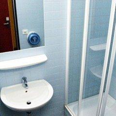 Отель citystay Hostel Berlin Mitte Германия, Берлин - 2 отзыва об отеле, цены и фото номеров - забронировать отель citystay Hostel Berlin Mitte онлайн ванная