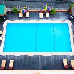 Отель Eastiny Place Паттайя бассейн