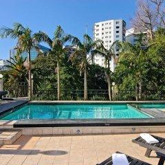 Amora Hotel Auckland бассейн