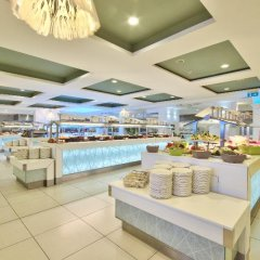 Отель db Seabank Resort and Spa питание
