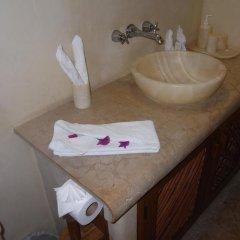 Отель Villas San Sebastián Мексика, Сиуатанехо - отзывы, цены и фото номеров - забронировать отель Villas San Sebastián онлайн ванная фото 2