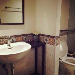Niras Bankoc Cultural Hostel ванная фото 2