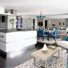 Апартаменты MONDRIAN Luxury Suites & Apartments Warsaw Market Square гостиничный бар