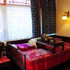 Beijing Double Happiness Hotel комната для гостей
