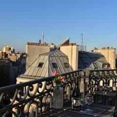 Отель Flat With Stunning Views in St Germain des Prés балкон