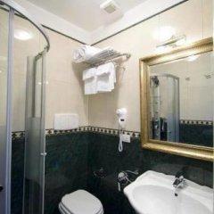 Отель Domus Borgognona Италия, Рим - отзывы, цены и фото номеров - забронировать отель Domus Borgognona онлайн ванная фото 2