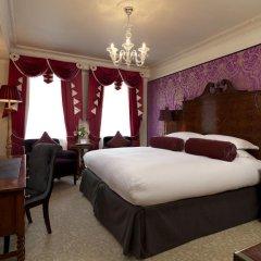 Goring Hotel сейф в номере