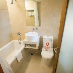 Отель Nida Rooms Rajchathewi 588 Royal Grand Бангкок ванная фото 2