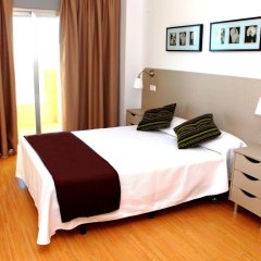 Отель Apartamentos Vega Sol Playa Испания, Фуэнхирола - отзывы, цены и фото номеров - забронировать отель Apartamentos Vega Sol Playa онлайн комната для гостей фото 5