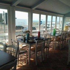 Отель West Beach Великобритания, Брайтон - отзывы, цены и фото номеров - забронировать отель West Beach онлайн гостиничный бар