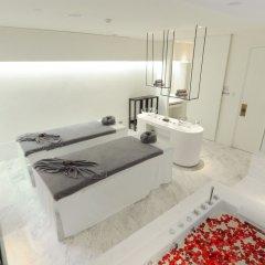 Отель Mode Sathorn Бангкок ванная