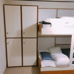 Lux Guesthouse - Hostel сейф в номере