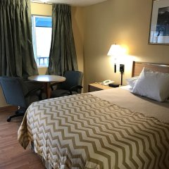 Отель Whiteroof Inn США, Такома - отзывы, цены и фото номеров - забронировать отель Whiteroof Inn онлайн комната для гостей