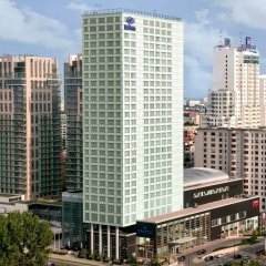 Hilton Warsaw Hotel & Convention Centre городской автобус