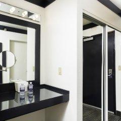 Отель OYO Hotel & Casino (formerly Hooters Casino Hotel) США, Лас-Вегас - отзывы, цены и фото номеров - забронировать отель OYO Hotel & Casino (formerly Hooters Casino Hotel) онлайн ванная