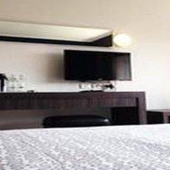 Отель White Palace Bangkok Таиланд, Бангкок - отзывы, цены и фото номеров - забронировать отель White Palace Bangkok онлайн удобства в номере фото 2