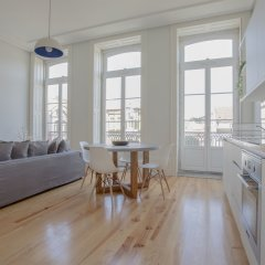 Апартаменты Liiiving - Downtown Spacious Studio Порту в номере