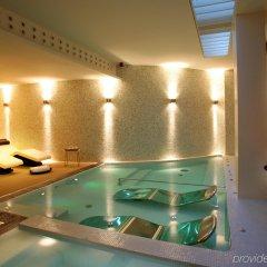 Отель ABaC Restaurant & Hotel Испания, Барселона - отзывы, цены и фото номеров - забронировать отель ABaC Restaurant & Hotel онлайн бассейн