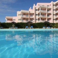 Отель Turim Estrela do Vau Hotel Португалия, Портимао - отзывы, цены и фото номеров - забронировать отель Turim Estrela do Vau Hotel онлайн бассейн