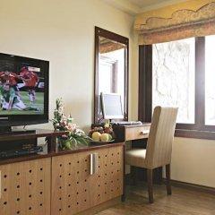 Отель Rising Dragon Grand Hotel Вьетнам, Ханой - отзывы, цены и фото номеров - забронировать отель Rising Dragon Grand Hotel онлайн удобства в номере фото 2