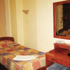 Мини-отель АЛЬТБУРГ на Литейном комната для гостей