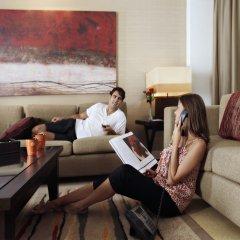 Отель Amwaj Rotana, Jumeirah Beach - Dubai комната для гостей фото 3