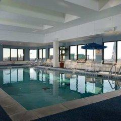 Отель Hampton Inn Gateway Arch Downtown бассейн фото 4
