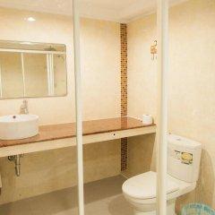 Отель Bann Sabai Rama Iv Бангкок ванная фото 2