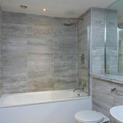 Отель Amazing Central 2 Bed Flat - Northern Quarter ванная фото 2
