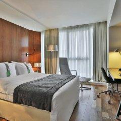 Отель Holiday Inn Тбилиси комната для гостей фото 2
