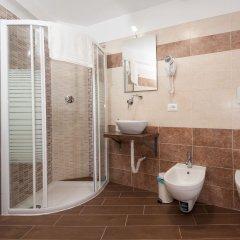 Отель Trinity Guest House Италия, Рим - отзывы, цены и фото номеров - забронировать отель Trinity Guest House онлайн ванная фото 2