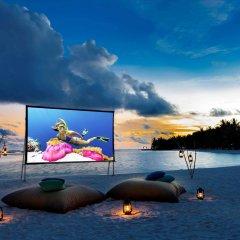 Отель Sheraton Maldives Full Moon Resort & Spa Мальдивы, Остров Фуранафуши - отзывы, цены и фото номеров - забронировать отель Sheraton Maldives Full Moon Resort & Spa онлайн приотельная территория фото 2