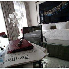 Отель Avidon Art & Design Hotel Германия, Дюссельдорф - отзывы, цены и фото номеров - забронировать отель Avidon Art & Design Hotel онлайн городской автобус