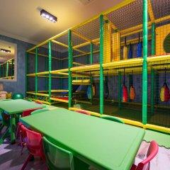 Salles Hotel Marina Portals детские мероприятия
